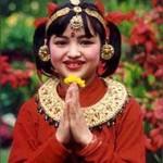 कविता: आमालाई धर्ती भन्नेहरुले बालाई कहिल्यै आकाश भनेनन् (-निरा शर्मा)